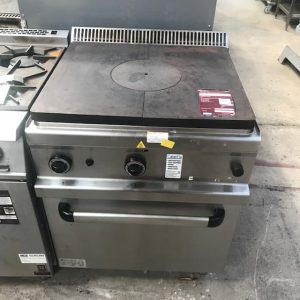 MBM LPG solid top with Oven
