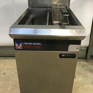 Blue Seal Blue Seal Free Standing Gas Fryer