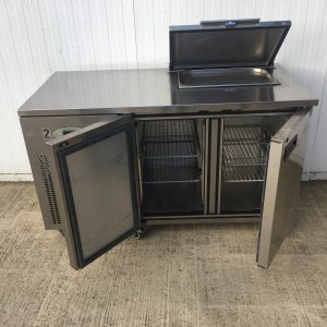 Refrigerated Counter with Saladette Cut Out and Lockable Cover