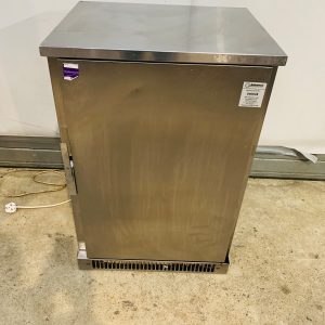 Weald Solid Single Door Fridge